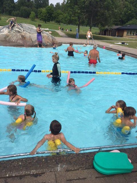 Simning på Breviksbadet